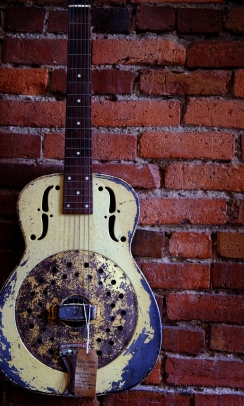 yellow guitar, Nashville, TN; X-E1 by bill fortney